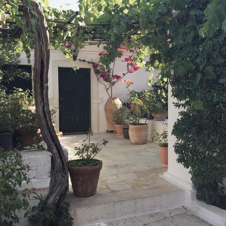 Best 25 Small Mediterranean Homes Ideas On Pinterest: 25+ Best Ideas About Small Mediterranean Homes On