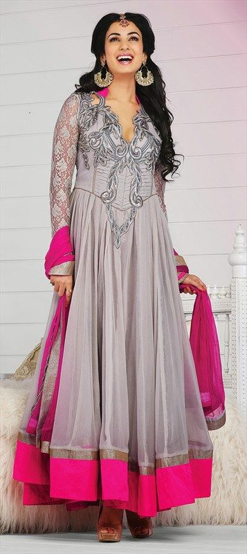 405883: #SonalChauhan looks so pretty in this Grey anarkali with a hint of Neon. #GetThisLook