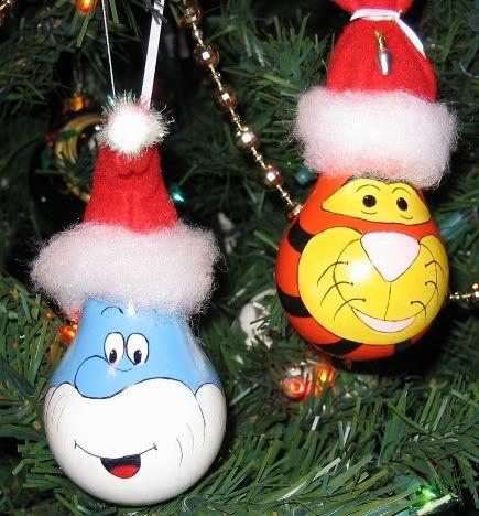 painted lightbulb ornaments photo lightbulbornaments-papasmurftigger.jpg