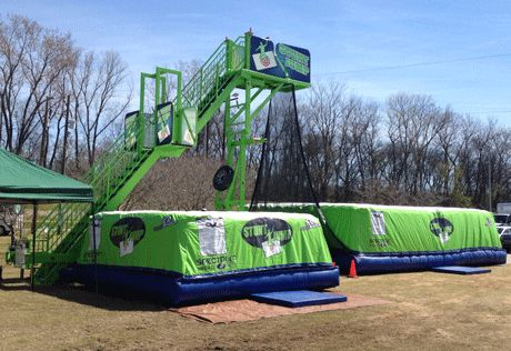 Skyfall Stunt Jump. Incredilble ride from Phantom Entertainment and Interactive Events Inc.