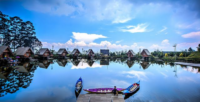 Wisata Keluarga Dusun Bambu Lembang Bandung