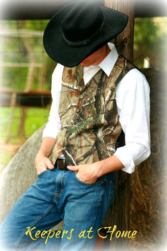 Vests/ Men's Vests/ Wedding/Realtree Camo twill Vest for