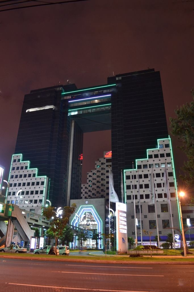 Tikal Futura Torres Sol y Luna - Is a modern shopping and business complex and hotel #Guatemala