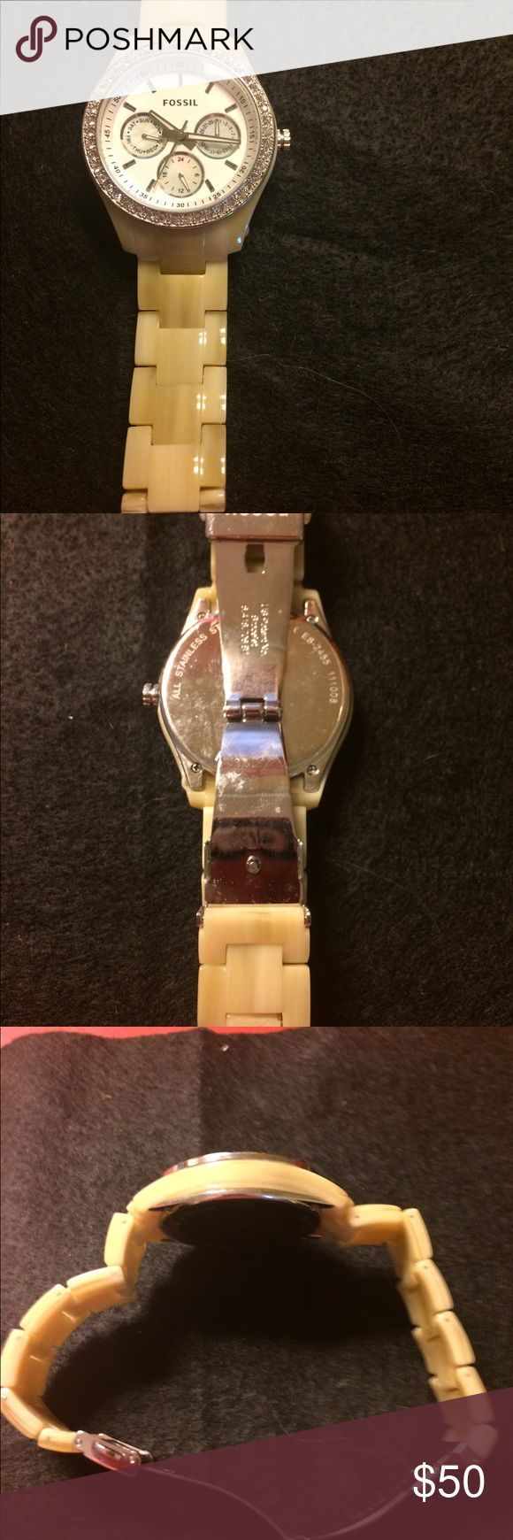 Women's Fossil watch Natural Resin, model number- ES 2455, new battery, like new, smoke free home Fossil Accessories Watches
