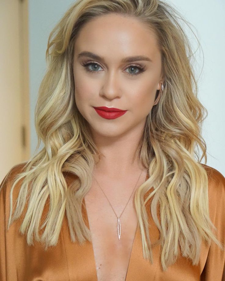 "( ☞ 2017 ★ CELEBRITY WOMAN ★ BECCA TOBIN. ) ★ Rebecca Melise Tobin - Saturday, January 18, 1986 - 5' 2"" 119 lbs 34-24-34 - Marietta, Georgia, USA."