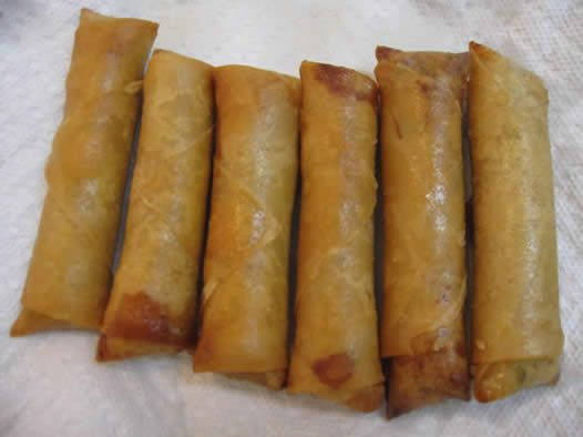 If you think chinese and filipino eggrolls are good, you havn't tried Lao eggrolls.  They're the BEST!!