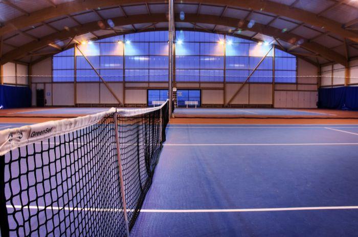 Terrains de tennis couverts © Vincent Lottenberg