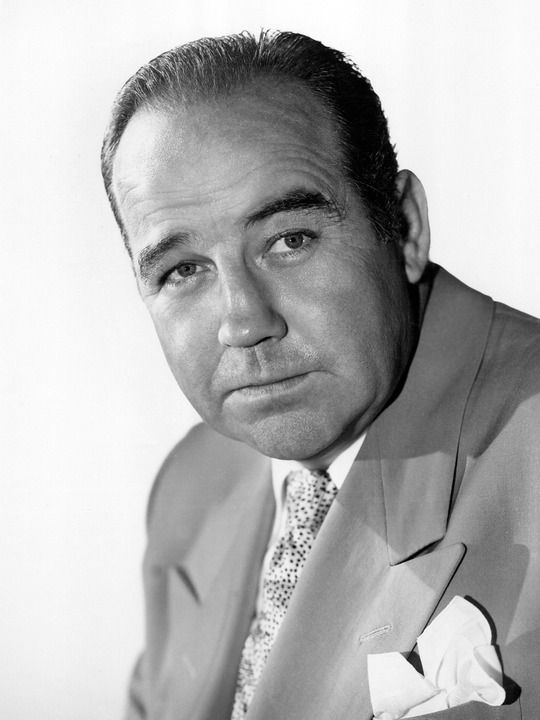 Broderick Crawford - During WWII Crawford enlisted in the US Army Air Corps. Assigned to the Armed Forces Network, he was sent to Britain in 1944 as a sergeant, he served as an announcer for the Glenn Miller American Band.