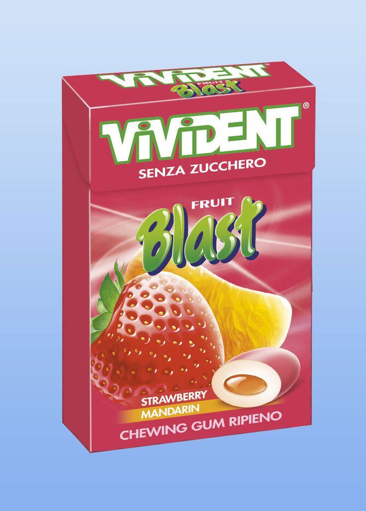 VIVIDENT FRUIT BLAST AST. PZ.20 chewing gum alla fragola, formato astuccio, pezzi per scatola 20. PRODOTTO PER CELIACI