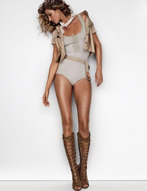 gisele bundchen shes so hot love the strappy shoes