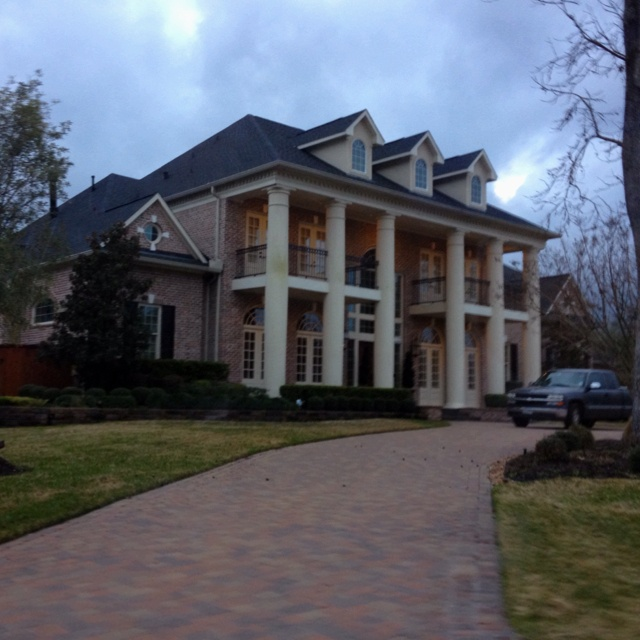 House In Kingwood Tx Takes Up 3 Lots Pease House Styles House Dream House