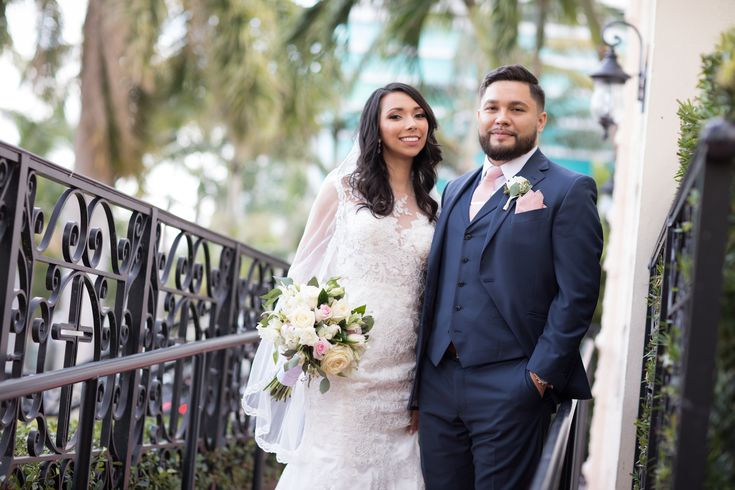 The Palms Hotel // Heather Funk Photography // Miami Beach // beach wedding // bridal gown // romantic wedding // wedding couple // boutonniere // wedding veil