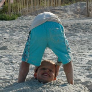 Such a fun photo to take at the beach ~ ha ha! This cracks me up!