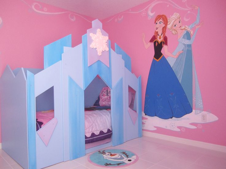 Frozen Room with Elsa and Anna and two twin ice castle beds at Elsa's Enchanted Escape: http://www.homeaway.com/vacation-rental/p3851767