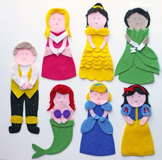 13 moldes grátis de fantoches e dedoches de feltro princesas disney : http://artesanatobrasil.net/13-moldes-de-feltro-para-baixar/