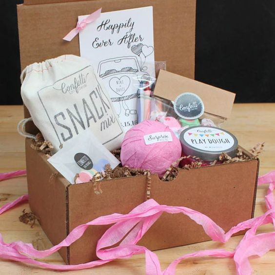 17 best ideas about Childrens Wedding Favours on Pinterest