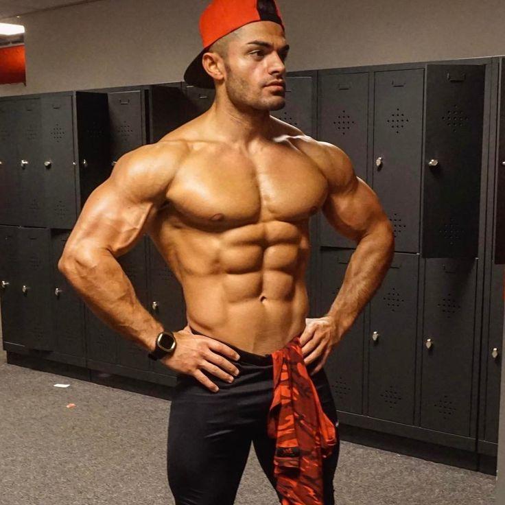 hunk muscle xxx