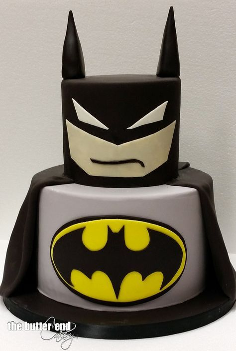 Create a memorable superhero party for your caped crusader with this stylish batman cake. Superhero party food and cake inspiration to compliment to the Bee Box Parties Superhero Collection.