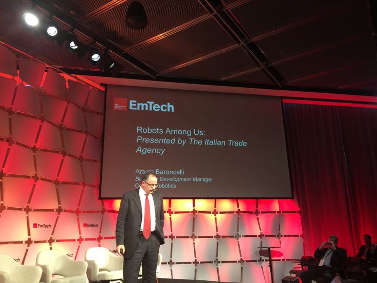 "We are very proud to announce that ‪#‎Comau‬, through our very own Arturo Baroncelli, was among the speakers at the prestigious MIT (Massachusetts Institute of Technology) Technology Review ‪#‎EmTech‬ event. He gave a keynote speech, in addition to participating within the ""Robots Among Us"" session. http://ow.ly/Utphp"