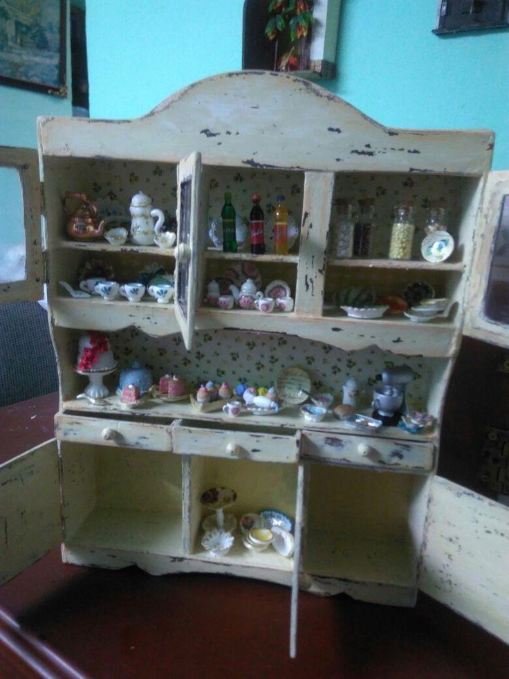 Mueble miniatura 2