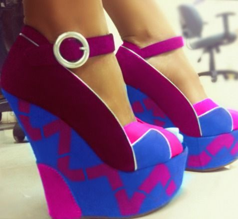 .: Wedges Heels, Crazy Shoes, Latest Fashion, Wedges Shoes, Boyfriends Birthday, Amazing Shoes, Platform Shoes, Wild Child, Bright Colors