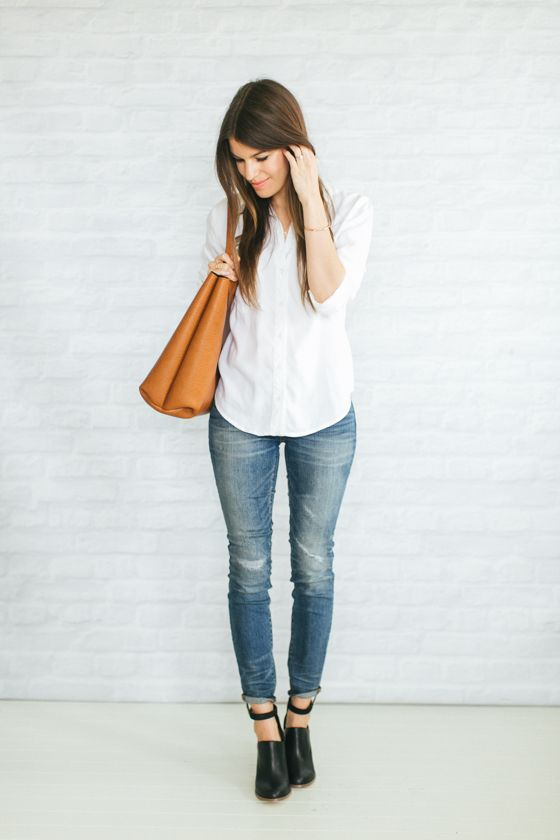 Fall uniform - basic white button-up + jeans, black booties and leather bag
