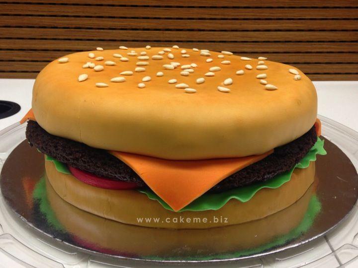 Ponqué-hamburguesa. Sabor, chocolate-Amaretto.