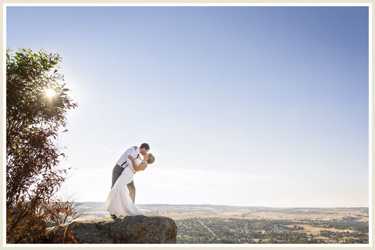 Wedding photos at Mt Brown Lookout, York, Western Australia