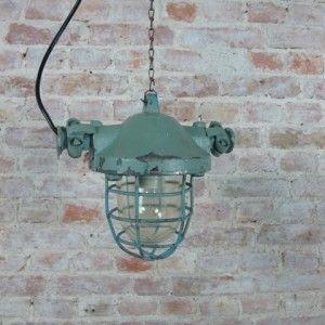 Vintage lampen en meubels