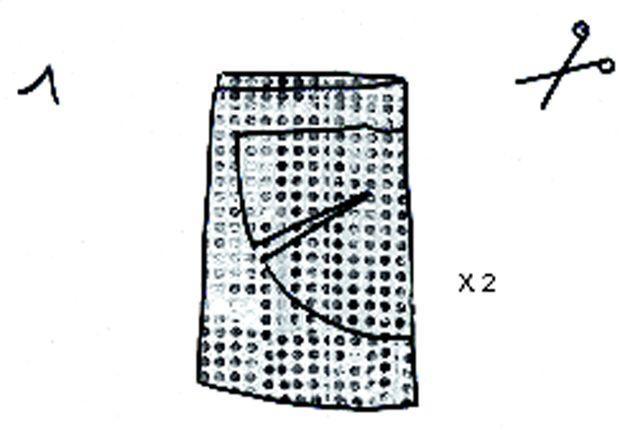 Etape 1 Dans le tissu pailleté, couper 1 devant et 1dos identiques.
