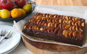 Walnut Apple & Cardamom Cake - Flourless