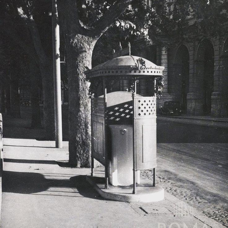Lungotevere Raffaello Sanzio (1938) Un vespasiano a Trastevere. :)