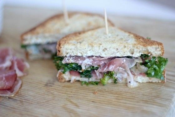 Prosciutto, Kale and Caramelized Shallot Sandwich with Garlic Goat Cheese Spread