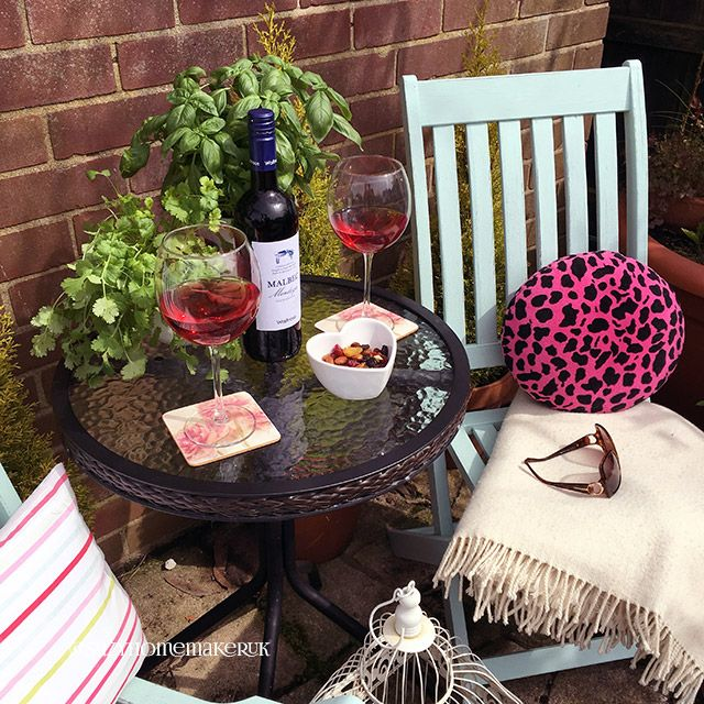 Painted Wooden Garden Chairs - The World of Suzy Homemaker: www.suzyhomemaker.co.uk | @SuzyHomemakerUK