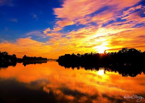 Sun setting on the Murray River, Renmark. South Australia