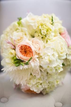 Bridal bouquet, white, soft and pretty, David Austin Roses. www.madisoninbloom.com.au