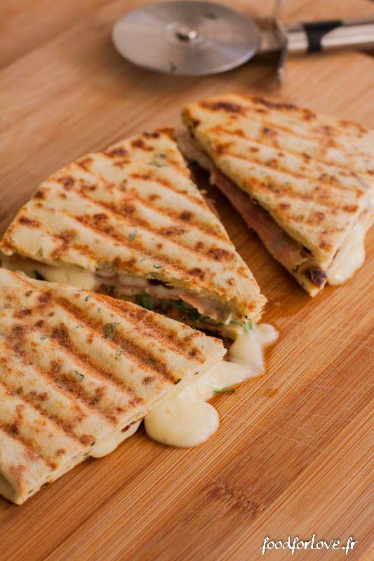 Piadina à la Roquette, au Jambon et à la Tomme de Savoie - Food for Love