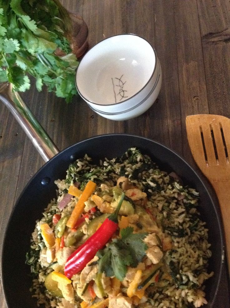 Green Chicken Curry recipe is up on my blog www.dollopandslice.com