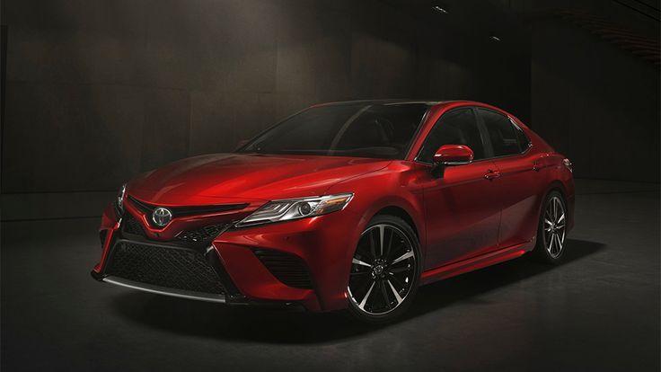 Звезда Детройта 2017: новое поколение Тойота Камри 2018
