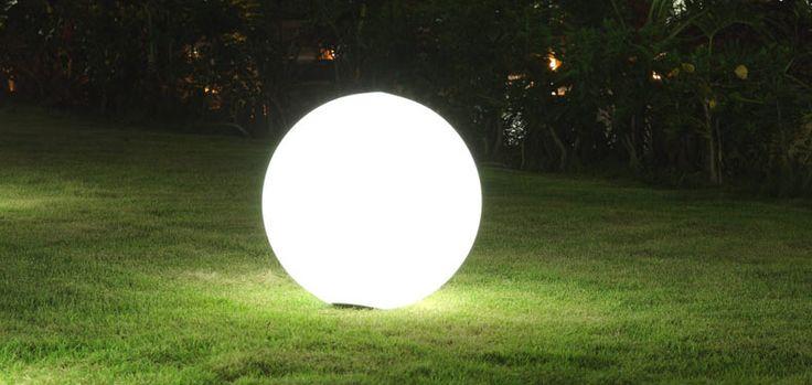 Non è magia, ma pura realtà! La lampada senza fili che galleggia nella stanza, ecco come | Eticamente.net