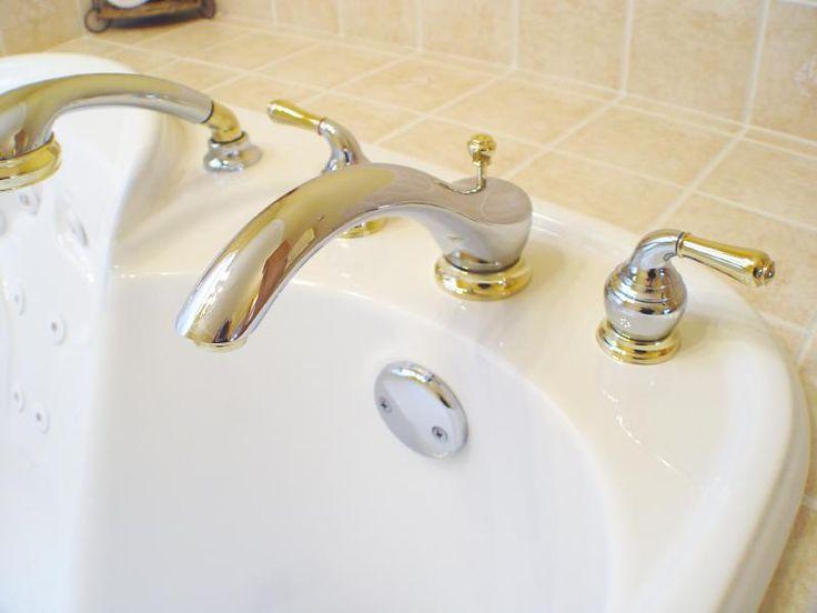 Cómo quitar el óxido de la bañera. La aparición de óxido en los baños es un problema común en muchos hogares. Lavabos, grifos o bañeras son algunos de los elementos más afectados por estas indeseables manchas. Si te han aparecido en tu...