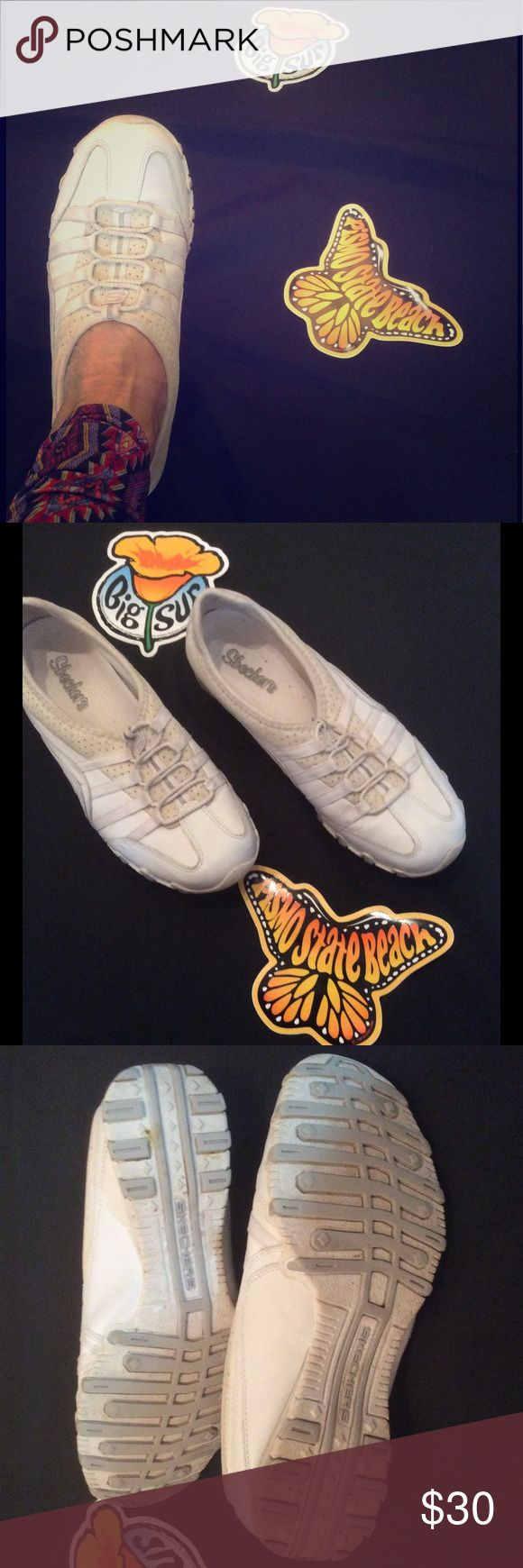 COMFY Slip On White SKECHERS! Barely worn! Great pair of comfortable walking shoes for the ocean, the pavement, vacation, or home. Have a great gripper sole. And no tying laces!!! Very comfortable! Like new! No stains or signs of wear. Skechers Shoes Sneakers