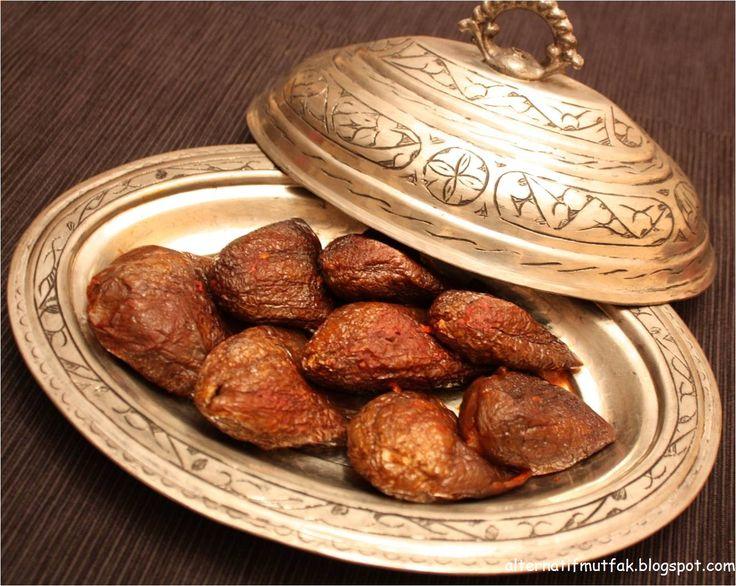 Alternatif Mutfak: Kuru Patlıcan Dolması