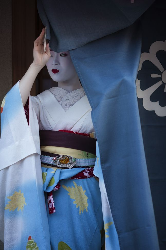 oiran-geisha: The gorgeous maiko Ichimari! (Source)