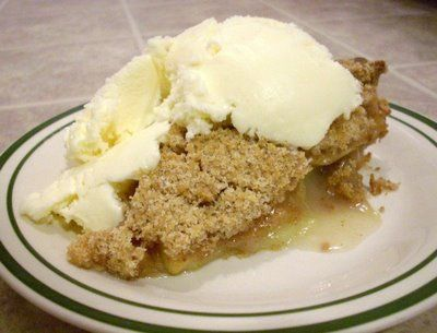 Apple Crumble Pie with Whole Wheat Crust | Favorite Recipes | Pintere ...