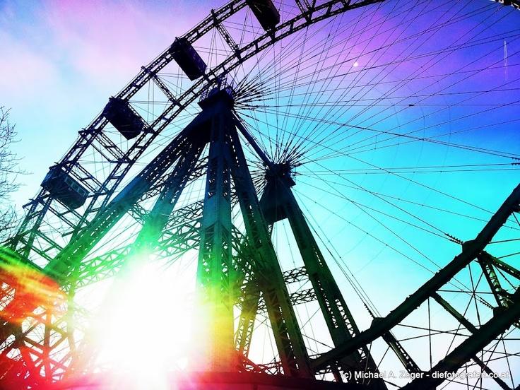 #Vienna #Prater: RUNDUM BUNT | Der Wiener Prater und das Riesenrad - obligatorisch bei einem Wien-Besuch.
