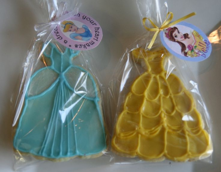 Disney princess dress cookies. I want to get a dress cookie cutter now.