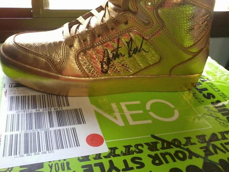 adidas gold neo