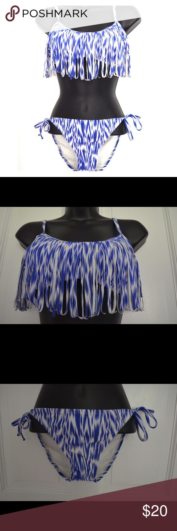 Xhilaration Target Bikini Size Medium Top & Bottom Only worn a few times and looks awesome on. Has a little wear on the but butt cannot be seen when worn. Awesome design for pool or beach day! Xhilaration Swim Bikinis