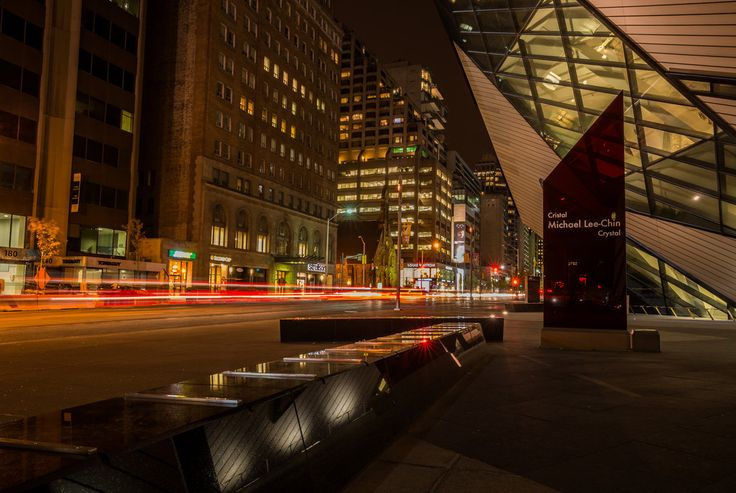 Crystal. The Royal Ontario Museum at Night by Toronto Photographer Robert Greatrix of Fulcrum Imaging